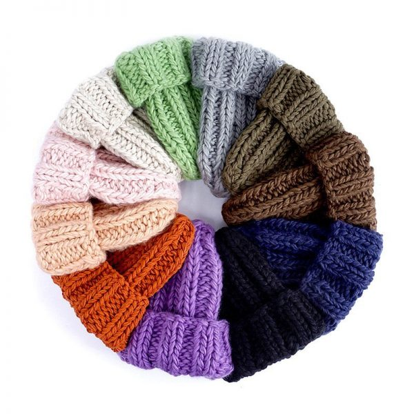 Women Hand Made Knitting Hat High Quality Customizable Logo Winter Warmer Ear Thick Soft Beanie Lady Chunky Knitted Rib Hats 8